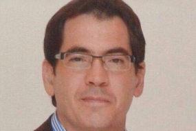Dr. Carlos Dumont Dunayevich